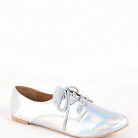 Qupid Salya Holographic Oxford Flats at PacSun.com