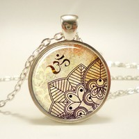 Om Necklace, Henna Design Yoga Jewelry, Om Charm, Silver Plate (045...... | CellsDividing - Jewelry on ArtFire