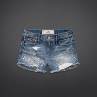 Bettys Under The So Cal Sun | Bettys Summer | HollisterCo.com