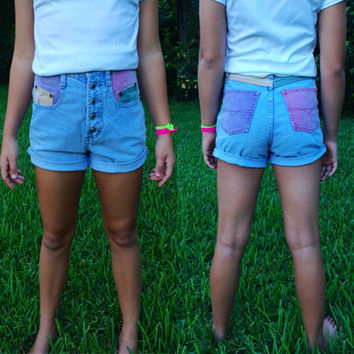 Colored pocket shorts colored pocket high waisted by SaturdayBest