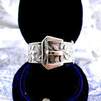 Vintage Silver Buckle Ring Retro 1970s