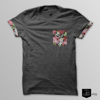 Dark floral Pocket & Sleeves T-shirt