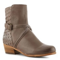 Joie always exudes excellent craftsmanship and modern style and the Jackson is no exception. This woven ankle bootie will take your look to the next level with its casual styling and chic details.