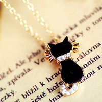 Cute Black Rhinestone Tail Kitty Necklace