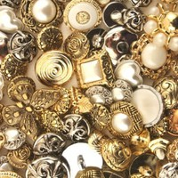 Buttons Galore Haberdashery Classic Gold/Silver:Amazon:Arts, Crafts & Sewing