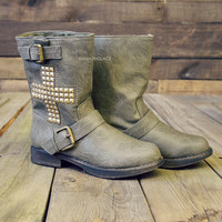 Crash Hawk Studded Cross Cut Off Boots Olive