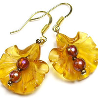 Earrings Golden Amber Glass Ruffled Trumpet by BaubleBinBeads