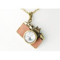 Amazon.com: Vintage Like Clear Crystal Rhinestones Retro Inspired Camera Pendant Necklace: Jewelry