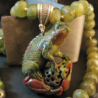 "Southwestern Jewelry Collection - Agate Lizard And Vessonite Pendant Necklace - Art Jewelry, ""LIZARD SKYNARD"""