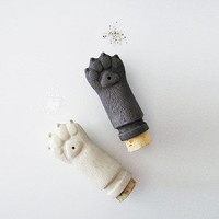 Kitty Paw Salt and Pepper Shakers