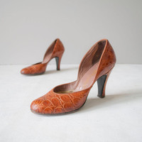 Vintage 50s D'Orsay Pumps / Croco Pumps / by GingerRootVintage