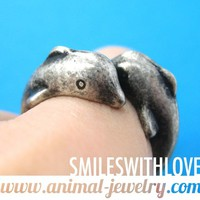 Double Dolphin Animal Wrap Around Ring in Silver - Size 7 ONLY