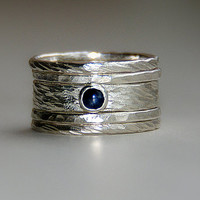 Sarah rustic wedding set with blue sapphire in sterling silver stackable rings - saphire engagement ring / September birthstone ring