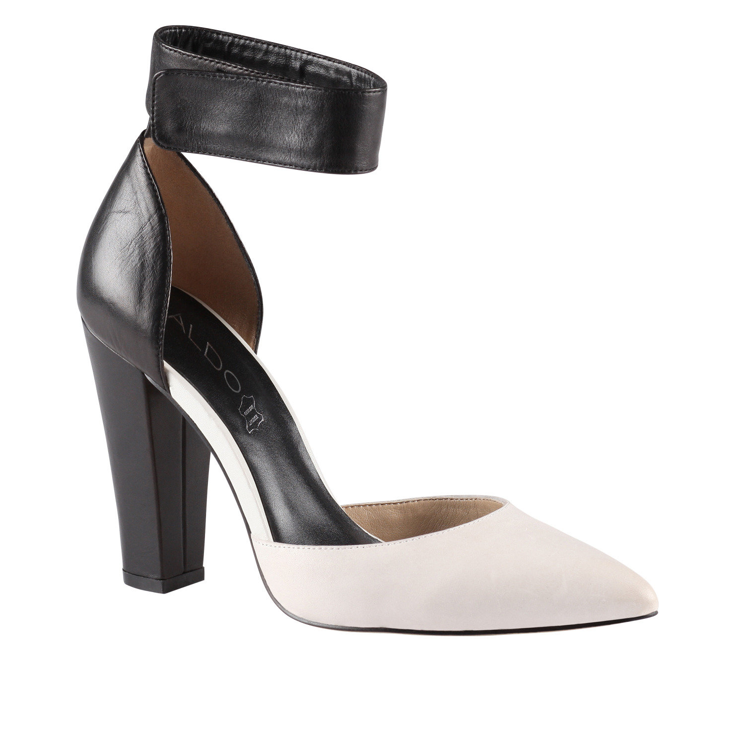 High Heel Womens Shoes We have the best collection for women's high heel shoes, all for the lowest prices. Whether you're looking for high heel boots, dress shoes or sandals, we have high heel women's shoes in all varieties, colors and sizes.