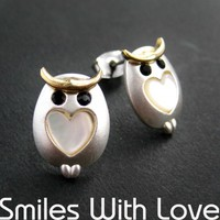 Small Owl Earrings in Silver with Pearl Heart Detail