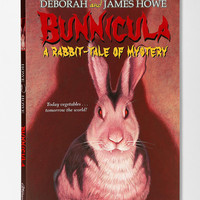 Bunnicula: A Rabbit-Tale of Mystery By Deborah & James Howe