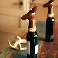 painted metal deer head wine topper | Christmas gift | Christmas d̩cor