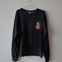 PINEAPPLE PATCH SWEATSHIRT