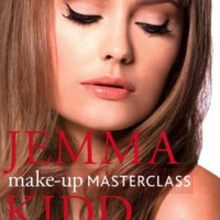 Jemma Kidd Make-up Masterclass: Beauty Bible of Professional Techniques and Wearable Looks:Amazon:Books