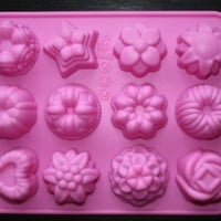 12-Flowers Silicone Cake Mold Chocolate Craft Candy Baking mold:Amazon:Kitchen & Dining