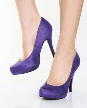 Go Max Fleming Purple Suede Platform Pump Heels - $39.00
