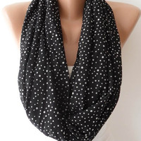 Black and White Polka Dots Infinity Scarf