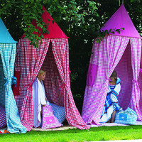 Hanging Gingham Playtent