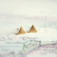 tiny triangle stud earrings - minimalist geometric gold jewelry