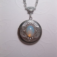 Ancient Star Locket Opal Necklace