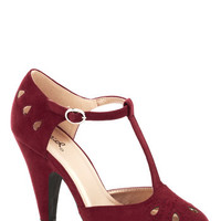 ModCloth Dynamic Debut Heel in Burgundy