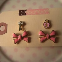 Bow Earrings  Bow Studs by Bitsofbling on Etsy