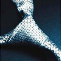Fifty Shades of Grey: Book One of the Fifty Shades Trilogy [Paperback]