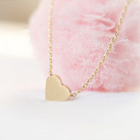 Back to the Basic-Tiny heart Necklace in gold