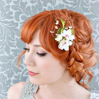 Bridal hair clip, woodland berry clip, floral hair clip, wedding hair accessory