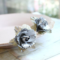 Silver Flower Hair Clip, silver rose hair pin, Whimsical. Wedding. Fall, Autumn, Hair Accessories, Silver Wedding, Holidays Accessories