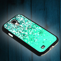 beautiful green spots on iphone 5s case, iphone 5c case, iphone 4s case, and samsung s3, samsung s4 cases tocoolcases