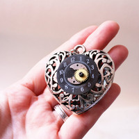Workclock Black Heart - Pendant - Steampunk Romantic Inspiration - Gear Clok Parts Big Metal Heart | Luulla
