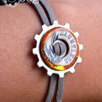 Divergent Faction Bracelets: Faction symbols burn into a token - Choose your colors