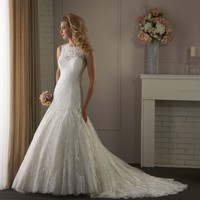 Bonny Classic 415 Lace Low Back Wedding Dress