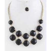 Romantic Jewel Necklace in Black
