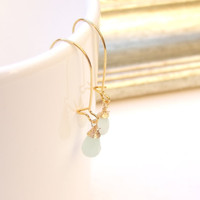 Gold Mint Green Earrings, Glass Earrings, Light Green, Bridesmaid Jewelry, Bridesmaid Earrings , Gold dangle earrings,Aquamarine earrings