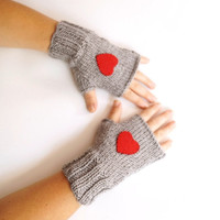 FREE SHIPPING - HEART Knit Handwarmers- Fingerless Mittens - Winter Accessories - Grey mitten, gloves, Christmas Gift