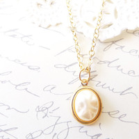 Baroque Ivory Pearl Charm Necklace - Wedding Jewelry - Bridal