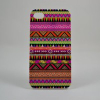 ROKE(TM) Aztec Pattern Iphone 4 Case - Fits Iphone 4 and Iphone 4s
