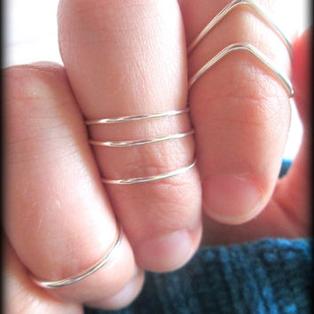 Chevron ring set - Midi rings - Knuckle rings - 4 Rings - Ships within 3 days from U.S.