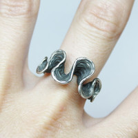 "Sterling silver ring ""aguas negras"" - natural organic texture - jewelry design"