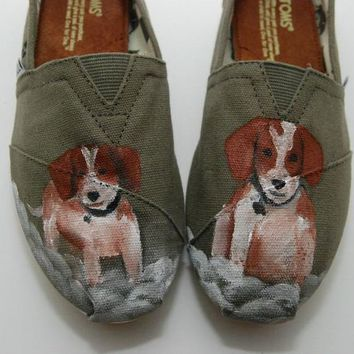 Beagle Custom TOMS