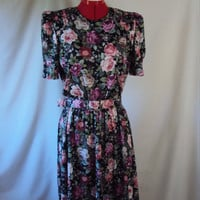 SALE Tea Party Floral Day Dress 1980s M/L