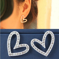 NT0127 Cute love earrings