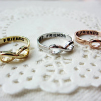 Best Friends Lettered Infinity Ring (3 Color available, sizes from 5 US to 8,5 US)